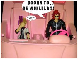 Axel and Roxas adventures....1 by Nheihi