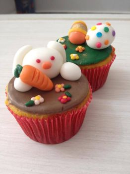 Easter Cupcake by bruhway