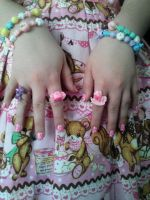 Nails from AMKE by Kaoru-Hitachiinn
