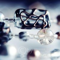 beads III by topinka