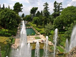 Italy - Villa d'Este Fountain by AgiVega