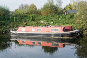 Red Narrow Boat by TheBigDaveC
