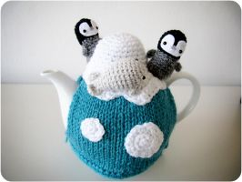 Polar tea cozy by suzannetje87