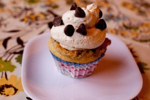 cookie dough cupcake by bakedfish