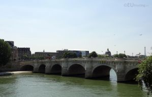 Pont Neuf over the River Sene by EUtouring