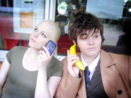 Timelords'n'Phones... by Mary--Sue