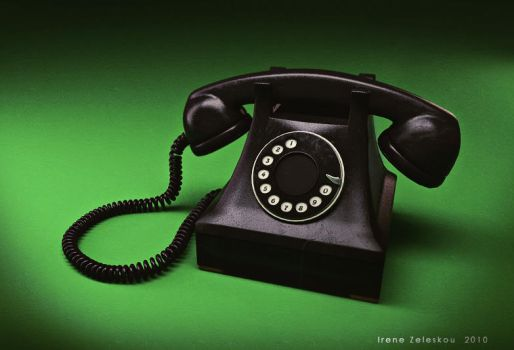 good old black phone by ftourini