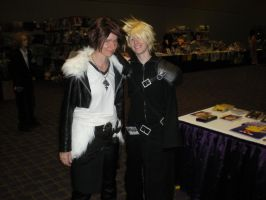 Ikasucon 2011: Cloud and Squall Leonhart by snowcloud8