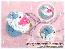 Teddybear Cupcake Necklace by Fluffntuff