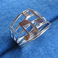 Music Notes Ring 4-4 by harlewood
