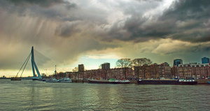 Storm Approaching by ladiespet