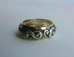 Patinated silver ring by GeshaR