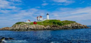 Nubble Lighthouse by SpasticSparky
