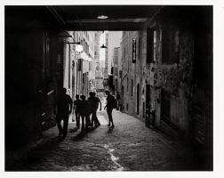Alley in Seattle by jfujita