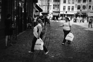 Shopping by leingad