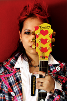 I Heart Guitar by morrigan-erinyes