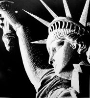 Statue of Liberty by new-moon-night