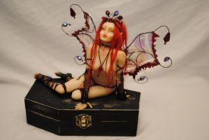 vampire fairy by lisacecere