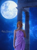 Moonlight Goddess by RogerioGuimaraes