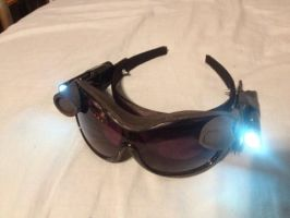 TDKR Catwoman goggles tutorial by Romantically-Geeky