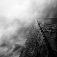 Pyramide by supmaite