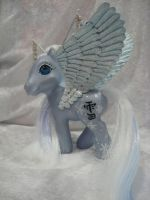 yuki, snow kanji pegasus by assassin-kitty