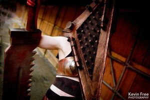 Pyramid Head by Oshley Cosplay by OshleyCosplay