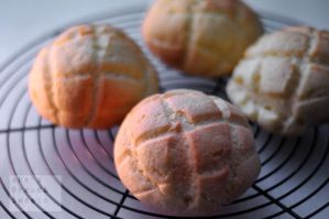 Sweet bread MERON-PAN by akemiM