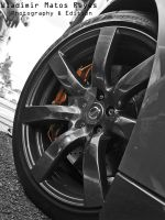 R35 Wheel Black n White by wla91