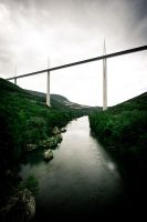 Millau viaduct by wilfriedF
