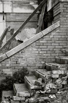 Crumbling Stairs by LeftyRodriguez