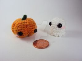 First Prize for group contest- Ghostie and Pumpkin by altearithe