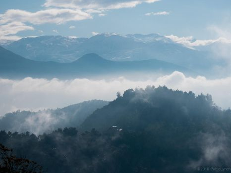 The fog among the mountains by PabloLynch