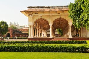 Agra Fort Hall of Public Audience 1 by wildplaces