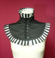Black and white Neck Piece by Estylissimo