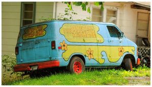 The Mystery Machine - Scooby Doo! by TheMan268