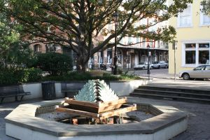 Fountain by cynstock