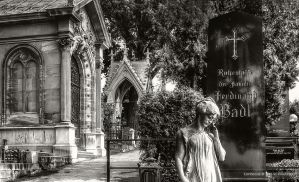 Grinzing cemetery in Vienna by pingallery