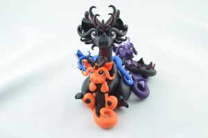 Dragon Mama With 3 Babies by claymeeples