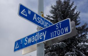 Asbury and Swadley by bowtiephotography
