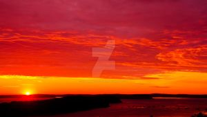 Bar Harbor Sunrise. by NewEnglandPhotograph