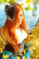 Autumn Fairy by ulyce