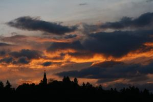 Sunset over Roznik by Robalka