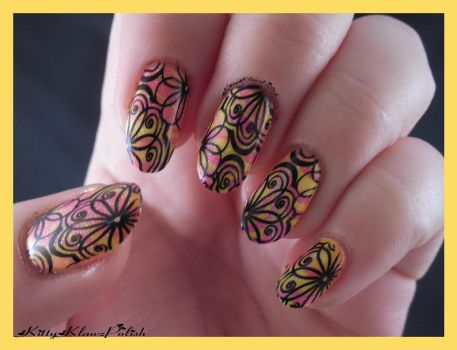Nail Art: Retro by KittyKlawzPolish