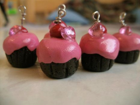 Mini Chocolate Raspberry Hearted Cupcake Charms by Iamagrape