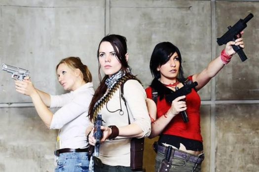 Uncharted Group by LaraDrake-Cosplay