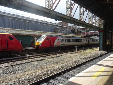 VWC 221 104 and 221 117 at Chester by BoomSonic514