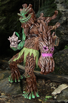 Maokai cosplay: Return me to the forest by Nobodyyyyy
