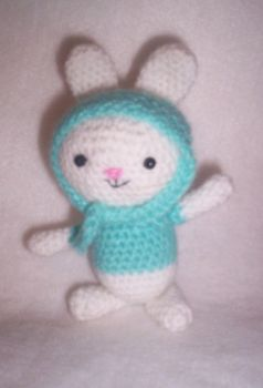 another bunnie amigurumi by luna-plateada
