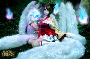 Oriental Ahri - The Nine Tails demon by Adellexe